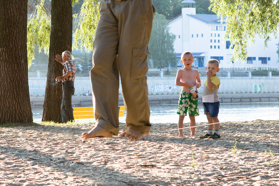 Barn och lindansare