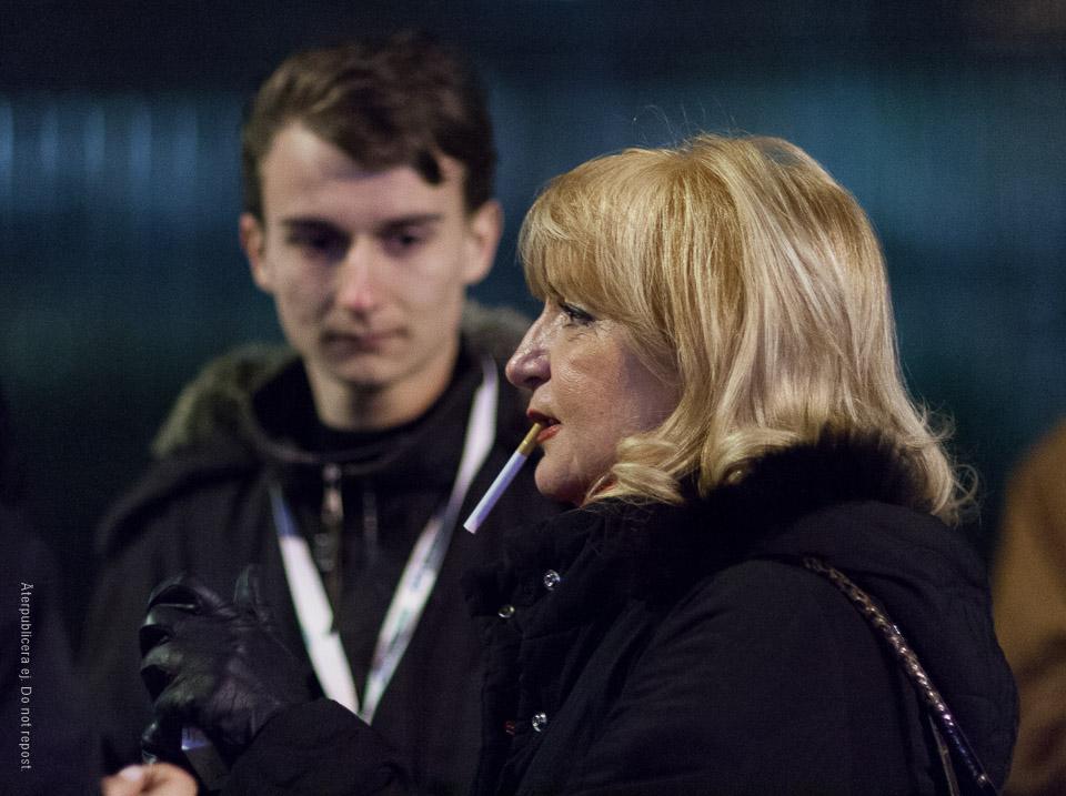 Kvinna med cigarett