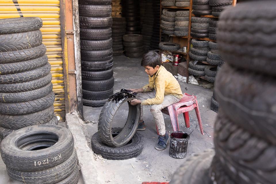 Pojke med däck