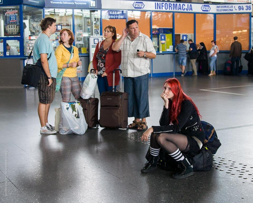 Väntande resenärer