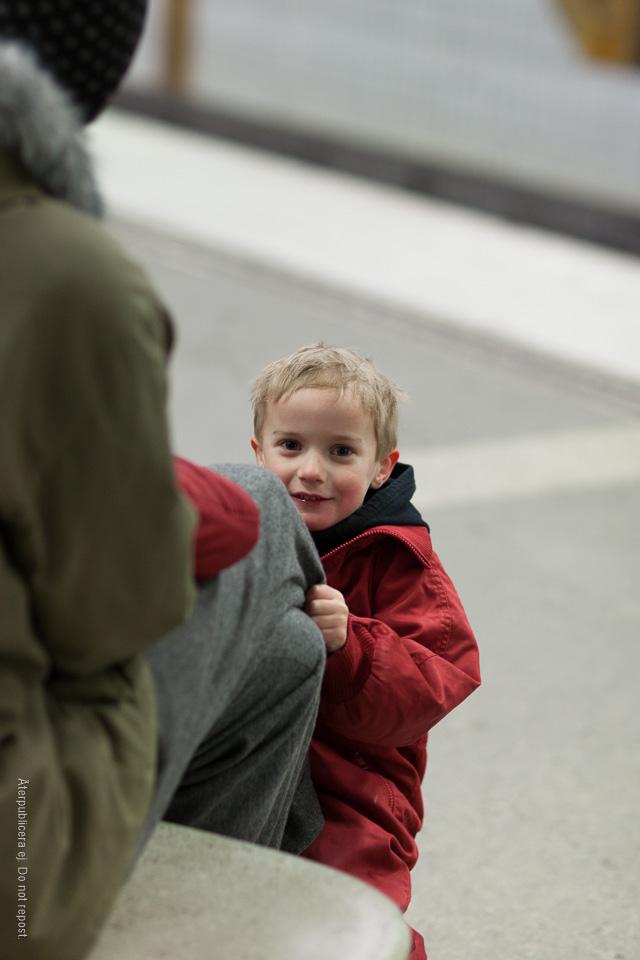 Pojke på perrong