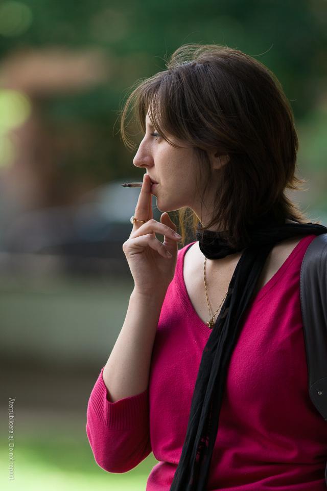 Rökare i rosa II