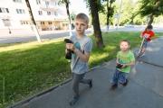 Pojkar med duvor
