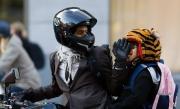 Motorcyklist och tiger